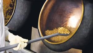 Pan roasting and hot panning methods
